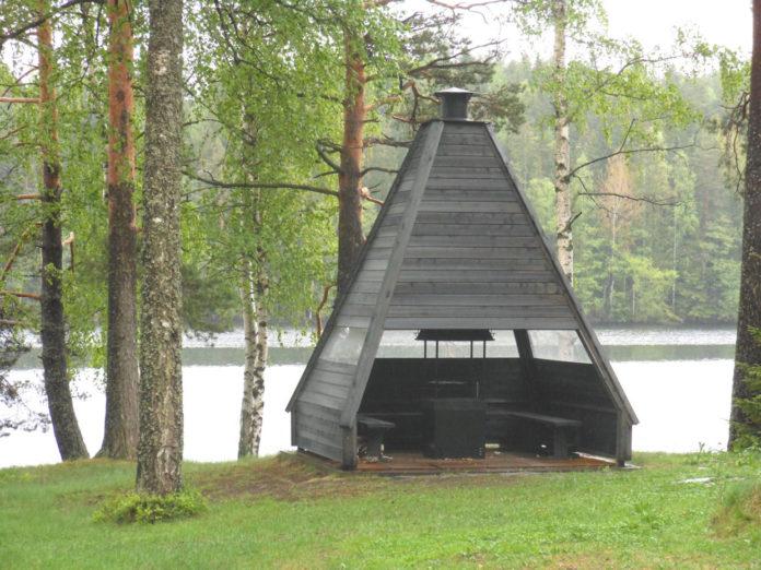финский гриль домик
