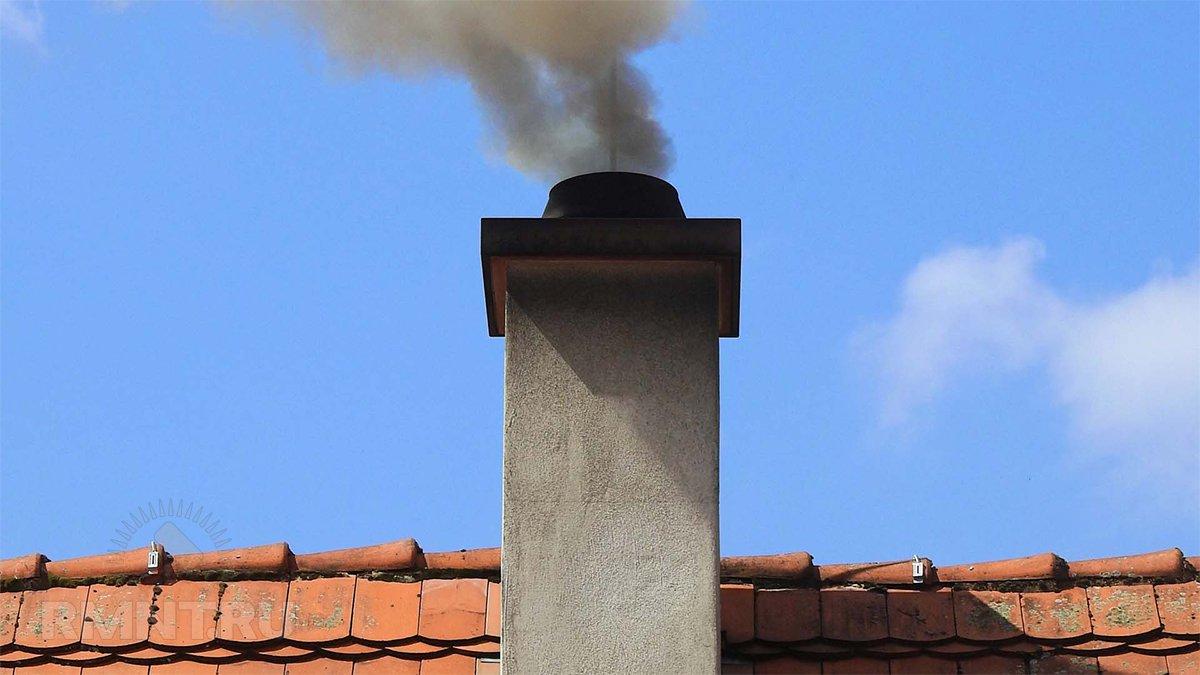 Почему дымит печь и как с этим бороться?